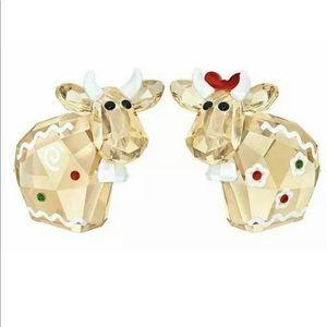 NIB Swarovski Gingerbread MO Set Of 2 Figurine